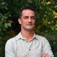 Losonczi Áron ügyvezető, az üvegbeton feltalálója